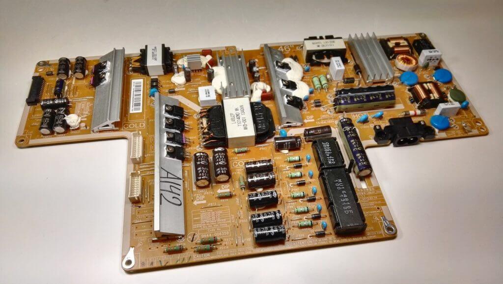 Блок питания L46U2P_DHS идет в комплекте ТВ UE46F8000