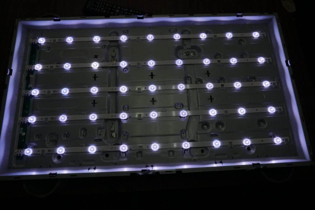 Ремонт подсветки телевизора Samsung UE32F4000AW UE32F4000.