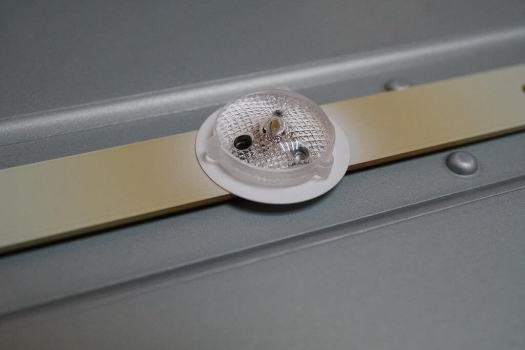 Ремонт подсветки телевизора LG 47LA620VРемонт подсветки телевизора LG 47LA620V